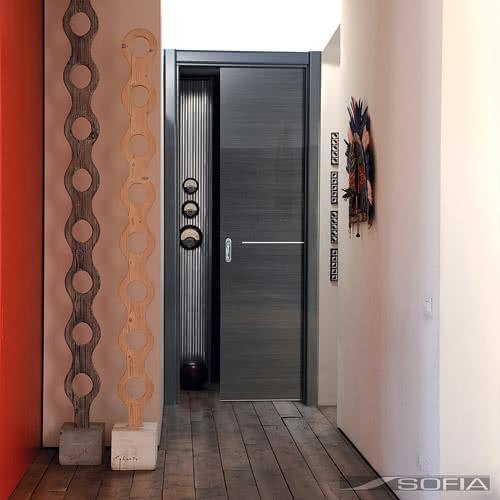 фото: Двери фабрики Софья