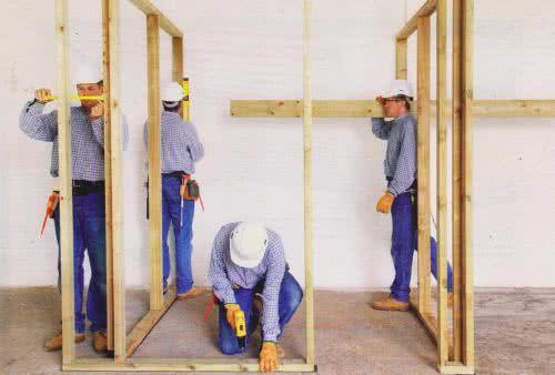 фото: раздвижная дверь внутри стены