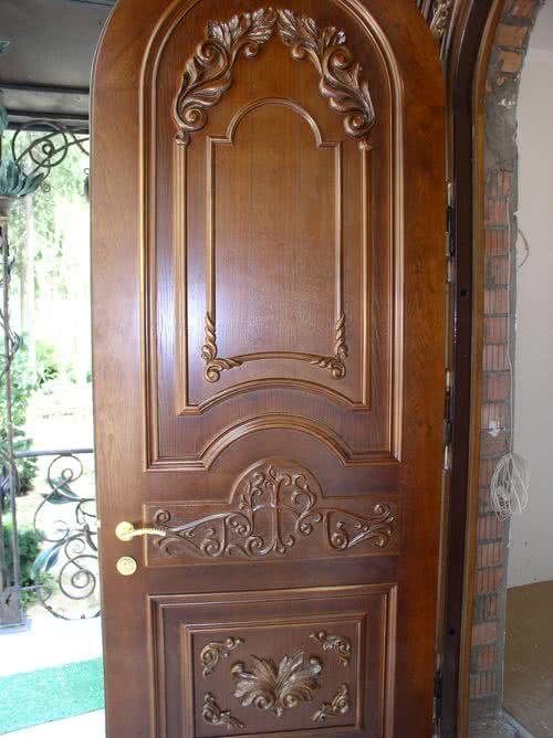 фото: пластиковые арочные двери